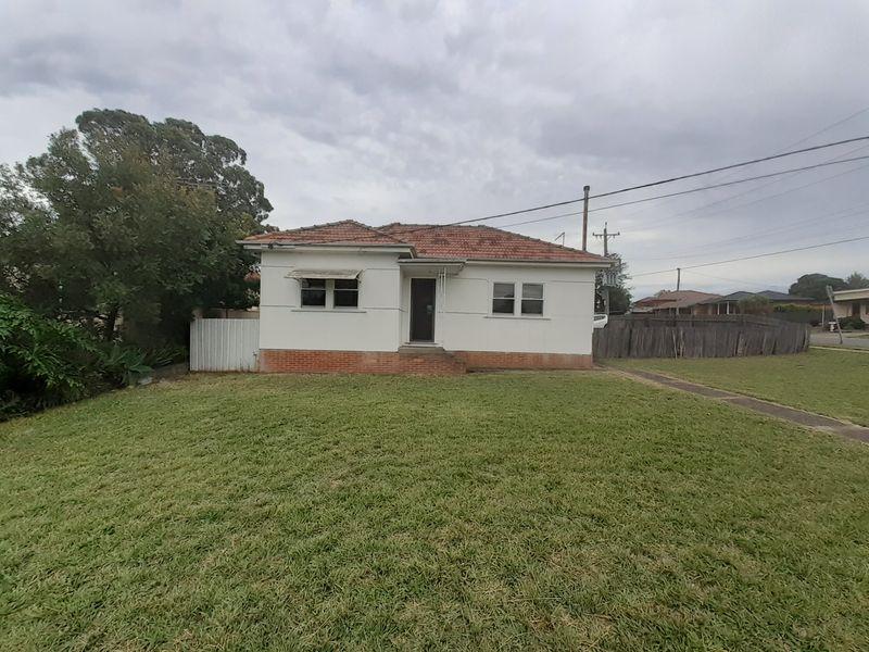 53 Centenary Road, Merrylands NSW 2160-1