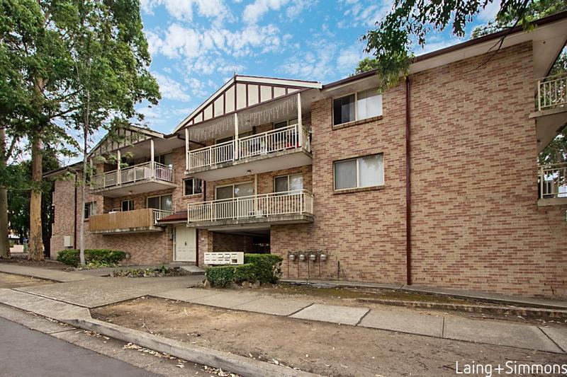 4/84 Lane St, Wentworthville NSW 2145-1