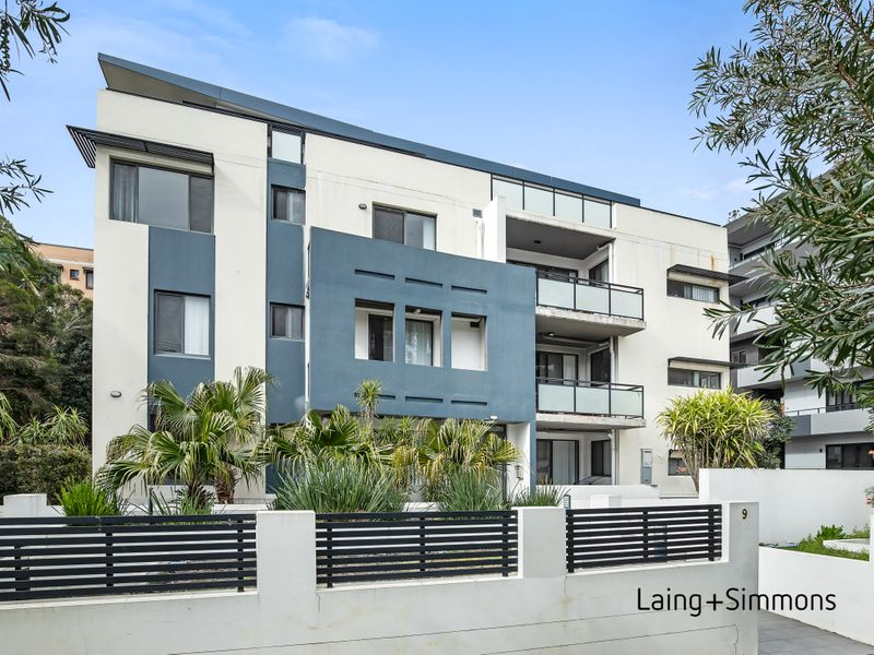 4/9 Wallace Street, Blacktown NSW 2148-1