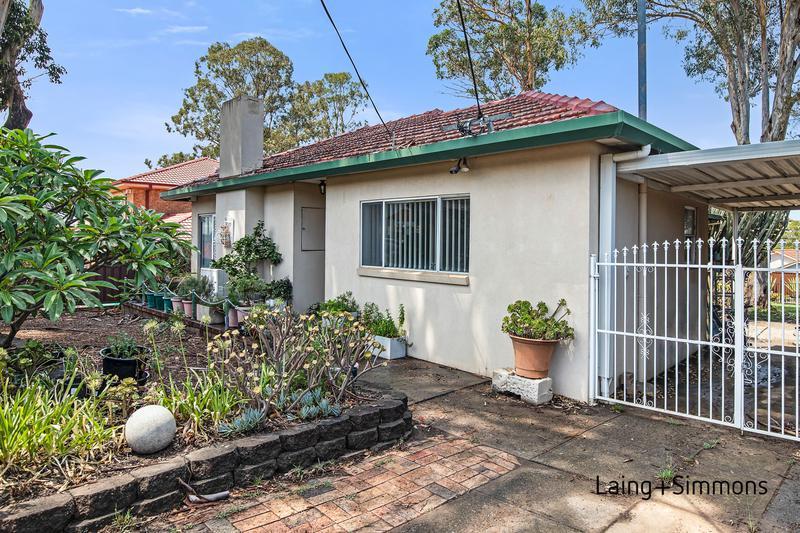 86 Smith St, Wentworthville NSW 2145-1