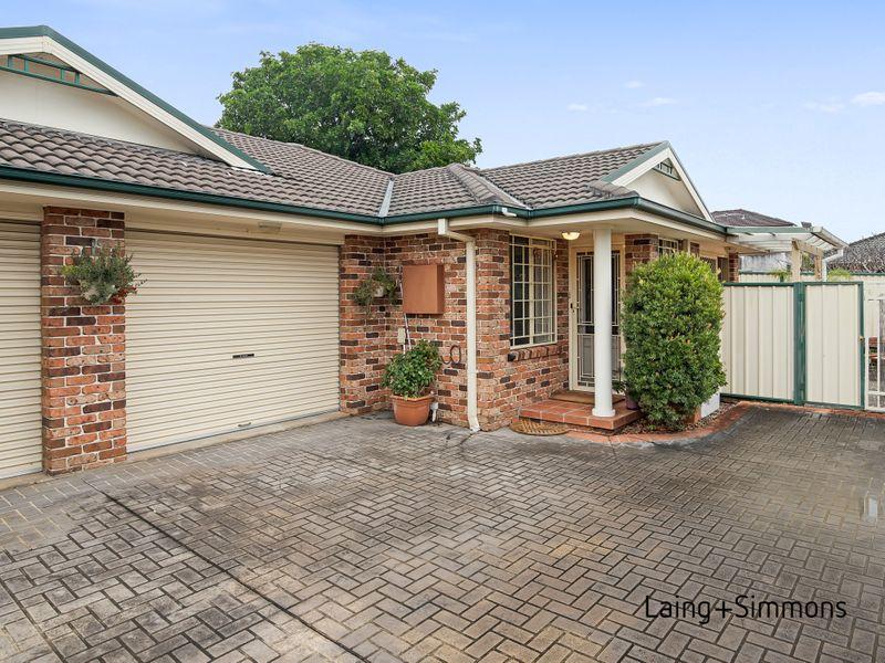 102 Girraween Road, Girraween NSW 2145-1