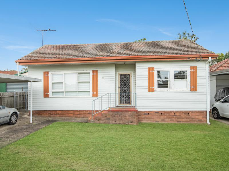 33 Springdale Road, Wentworthville NSW 2145-1