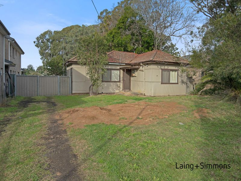 443 Wentworth Avenue, Toongabbie NSW 2146-1