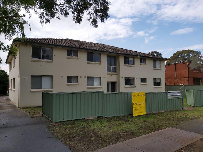 3/12-14 Waterside Crescent, Carramar NSW 2163-1