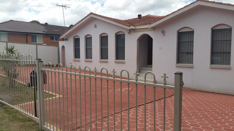 30 Lily Street, Wetherill Park NSW 2164-1