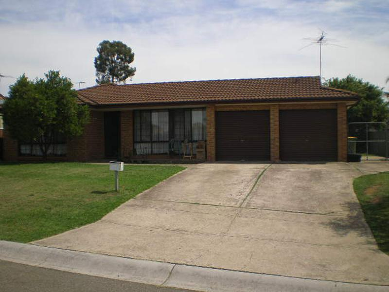 87 Nineveh Crescent, Greenfield Park NSW 2176-1