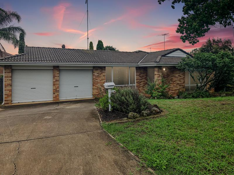 7 Sidney Close, Quakers Hill NSW 2763-1