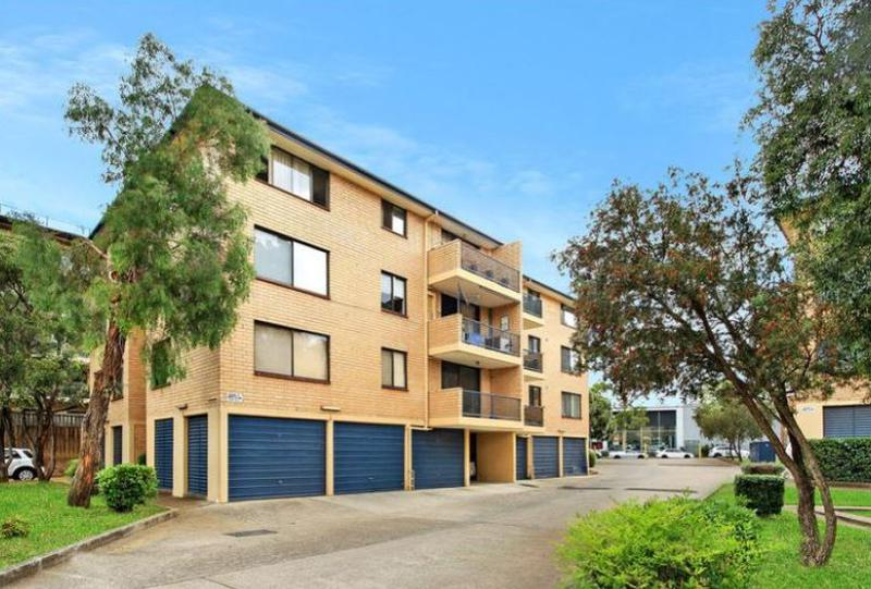 79/5 Griffiths Street, Blacktown NSW 2148-1