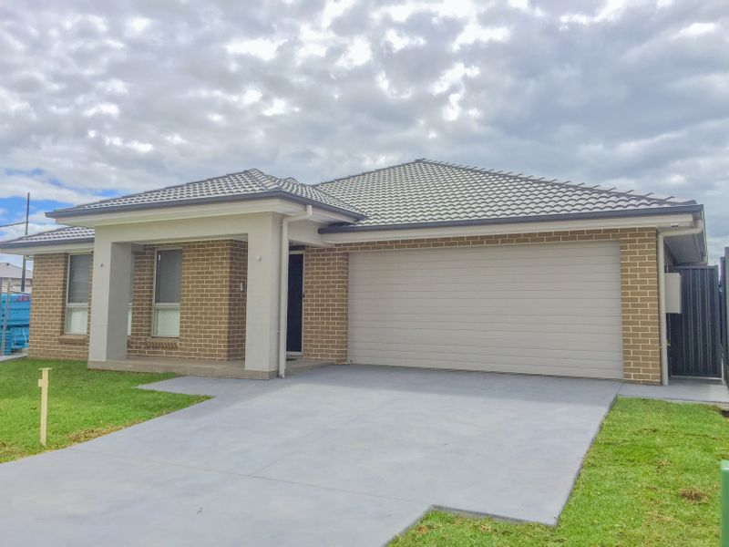 38 Cassinia Avenue, Marsden Park NSW 2765-1