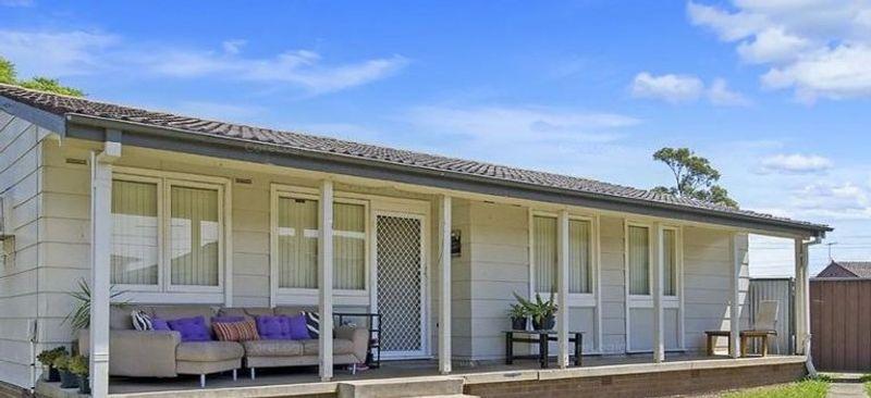 30 Runcorn Avenue, Hebersham NSW 2770-1