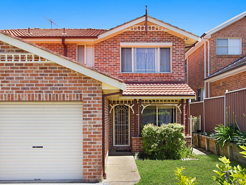 2/5 Condor Street, Quakers Hill NSW 2763-1