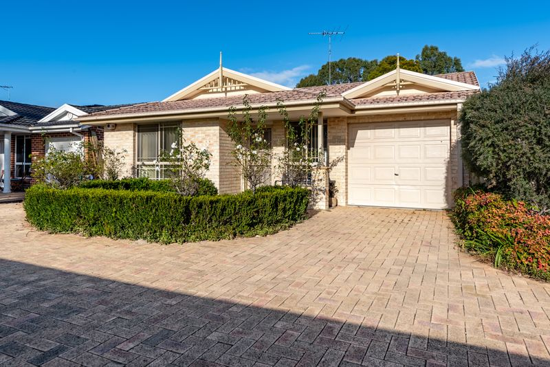 4/17a Breakfast Road, Marayong NSW 2148-1