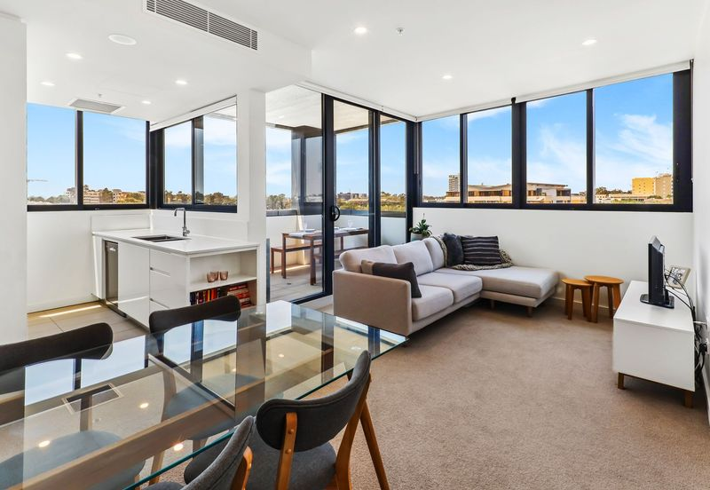 806/1 Boys Avenue, BLACKTOWN NSW 2148-1