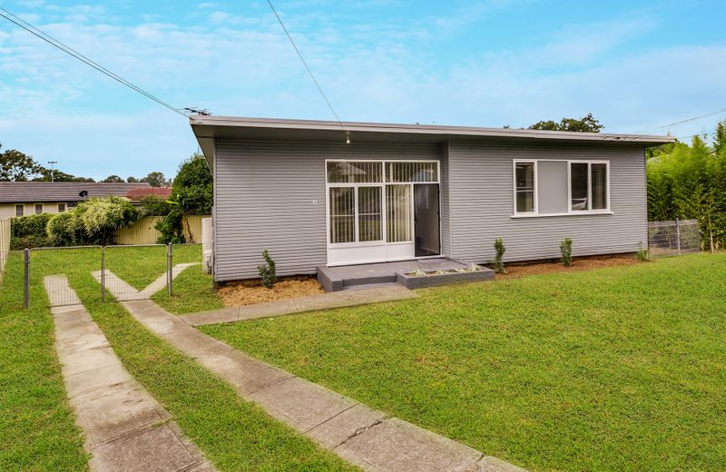31 Lawson Street, LALOR PARK NSW 2147-1
