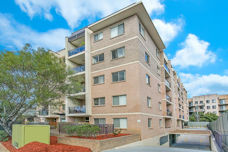14/2 FIFTH AVENUE, BLACKTOWN NSW 2148-1