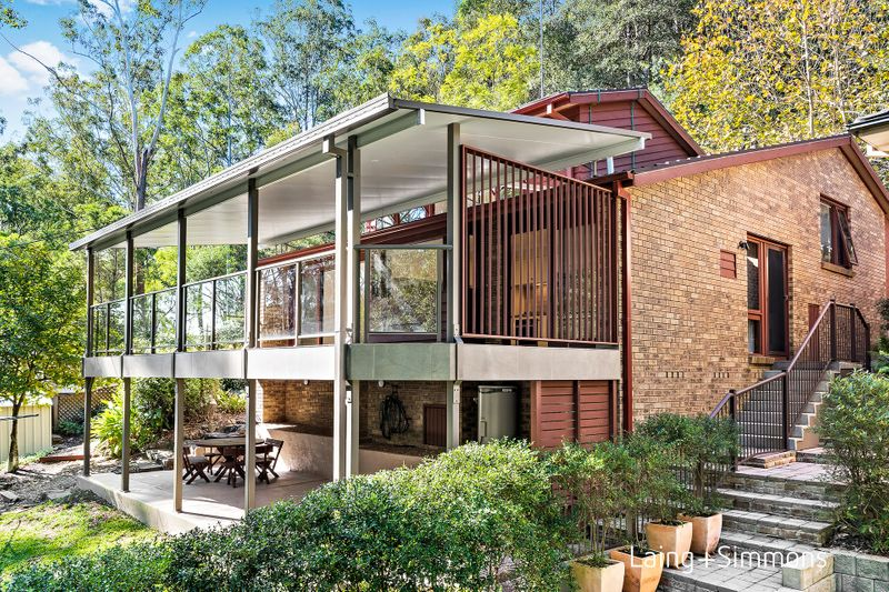 11 Lochness Place, Hornsby NSW 2077-1