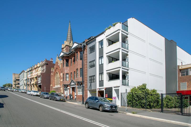302/44 Watt Street, Newcastle NSW 2300-1
