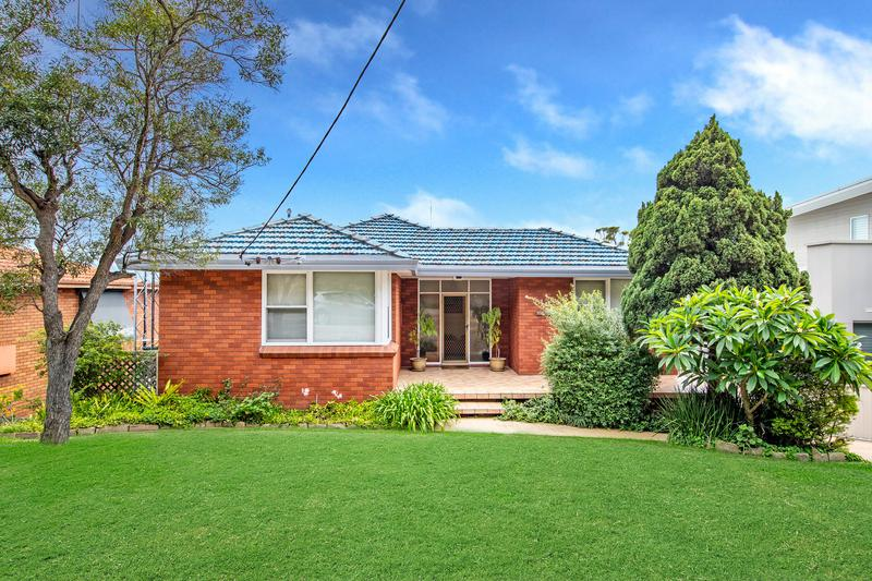 180 Scenic Drive, Merewether Heights NSW 2291-1