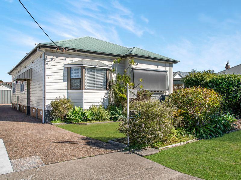 4 Poitrel St, NEW LAMBTON NSW 2305-1