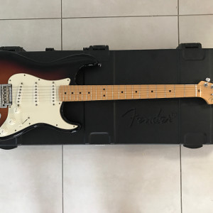 Fender Stratocaster (USA) Electric Guitar