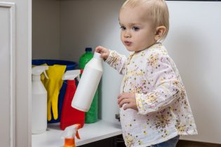 5 hazardous spills in the home and how to deal with them