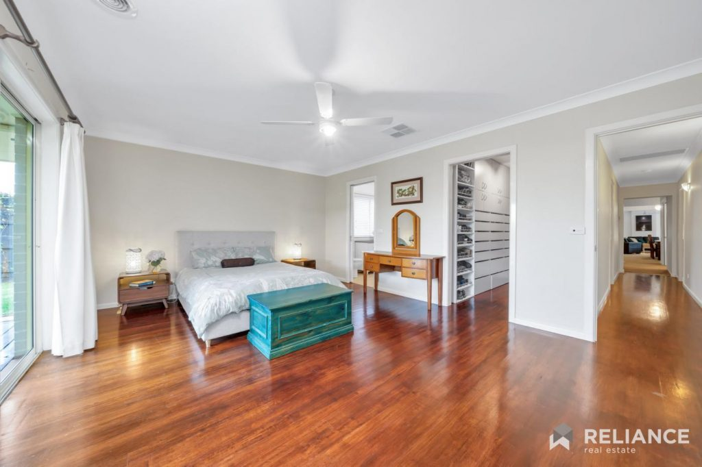 1-christen-court-hoppers-crossing-vic-3029-real-estate-photo-12-xlarge-13013076