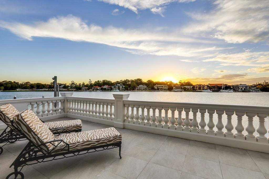 101-commodore-drive-paradise-waters-qld-4217-real-estate-photo-2-xlarge-12555331