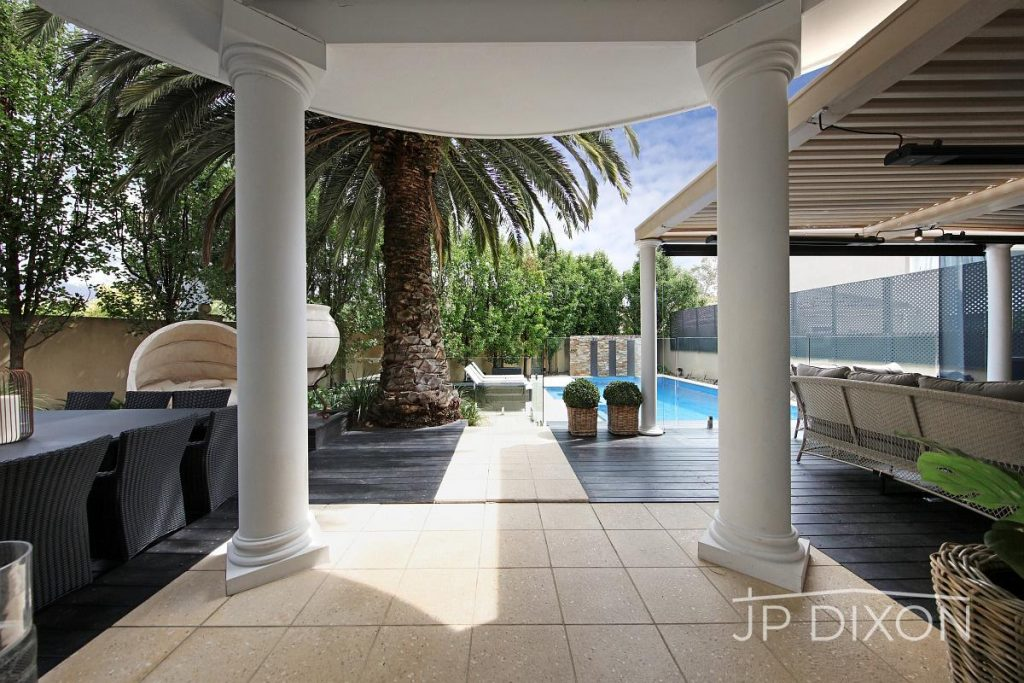 15-newbay-crescent-brighton-vic-3186-real-estate-photo-11-xlarge-13088244