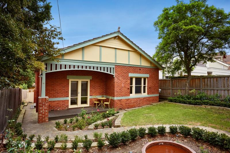 19-locke-street-essendon-vic-3040-real-estate-photo-1-large-11773837