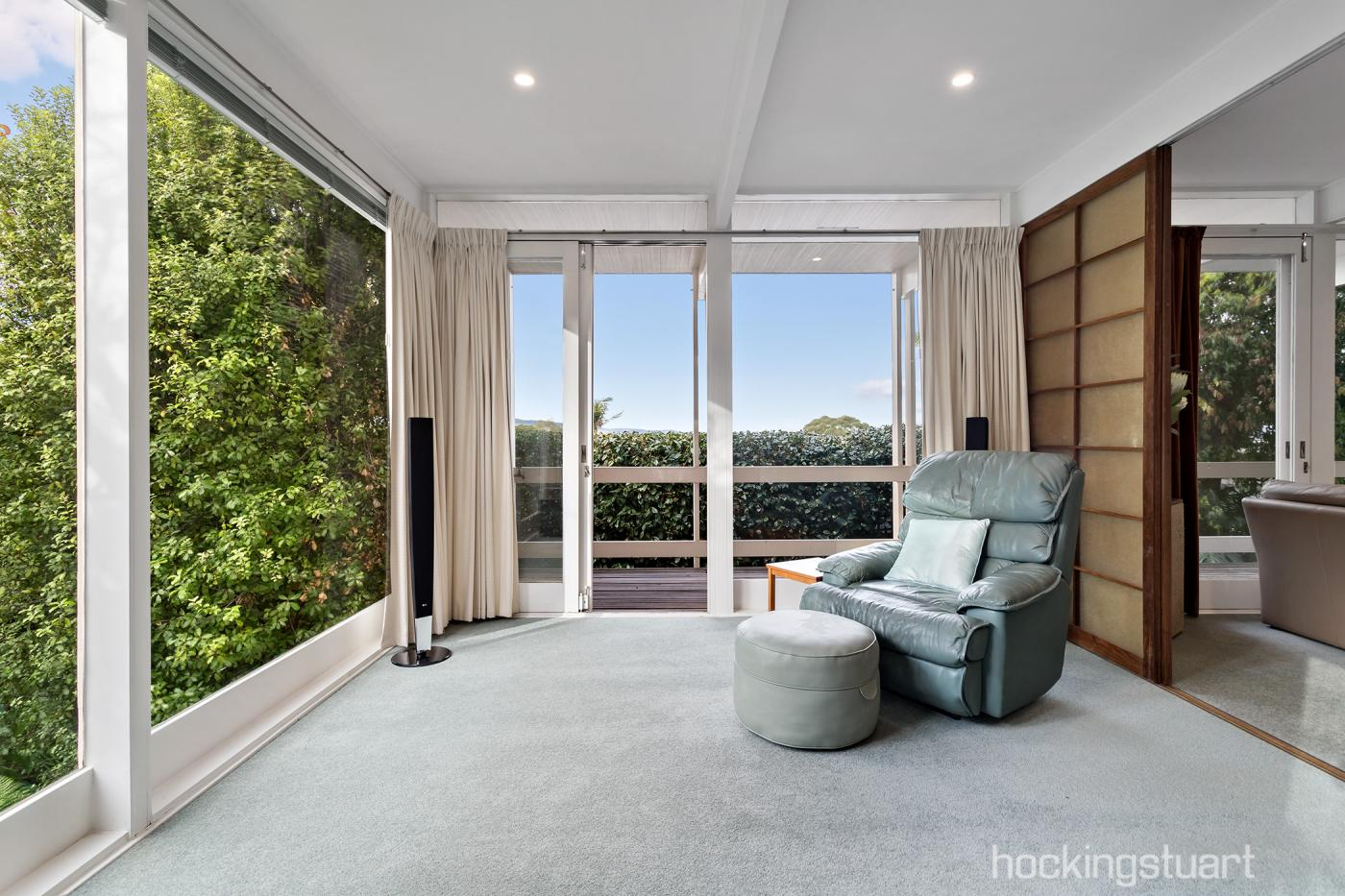 2-annetta-court-wheelers-hill-vic-3150-real-estate-photo-7-xlarge-12643029