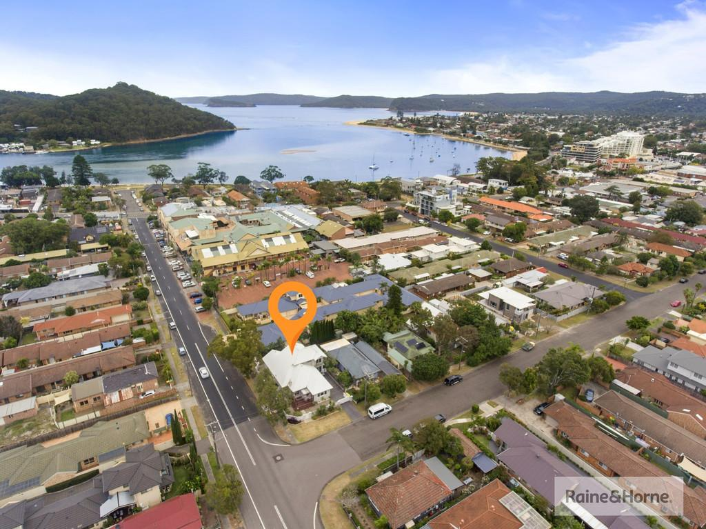 2-bream-road-ettalong-beach-nsw-2257-real-estate-photo-3-xlarge-12565152