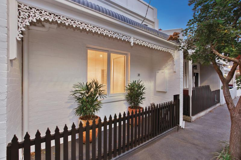 22-cobden-street-south-melbourne-vic-3205-real-estate-photo-1-large-11774352