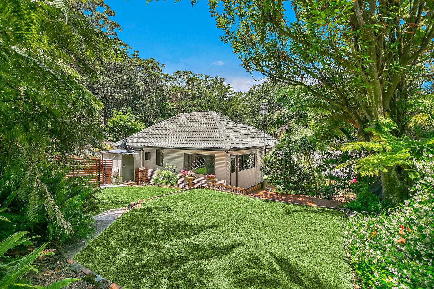 24-old-coast-road-stanwell-park-nsw-2508-real-estate-photo-1-xlarge-12573290