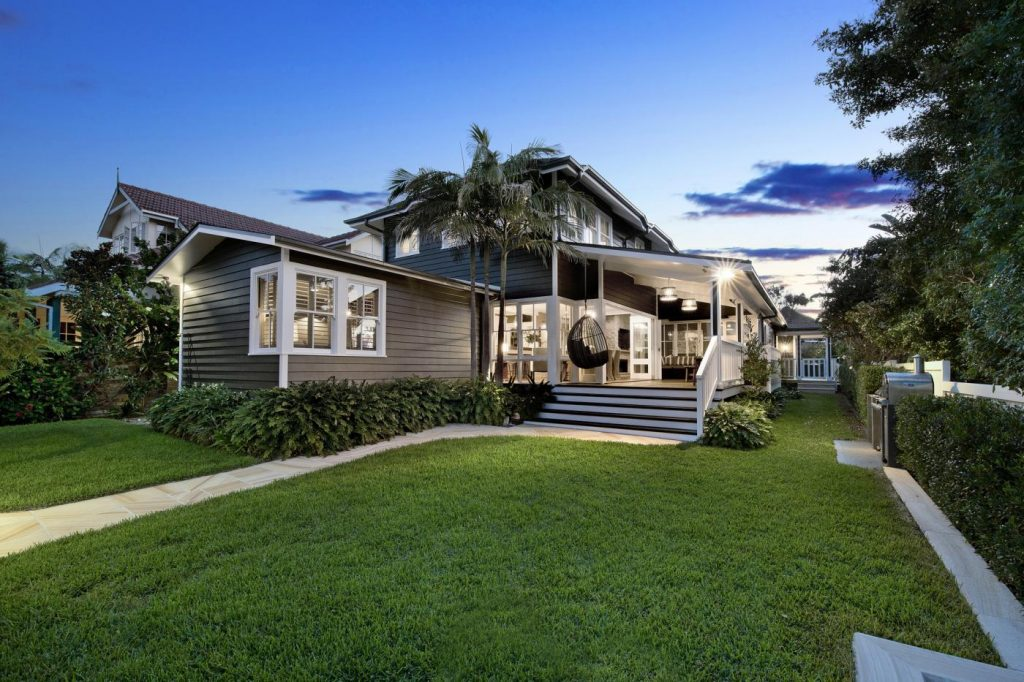 25-and-25a-beach-road-collaroy-nsw-2097-real-estate-photo-5-xlarge-12545021
