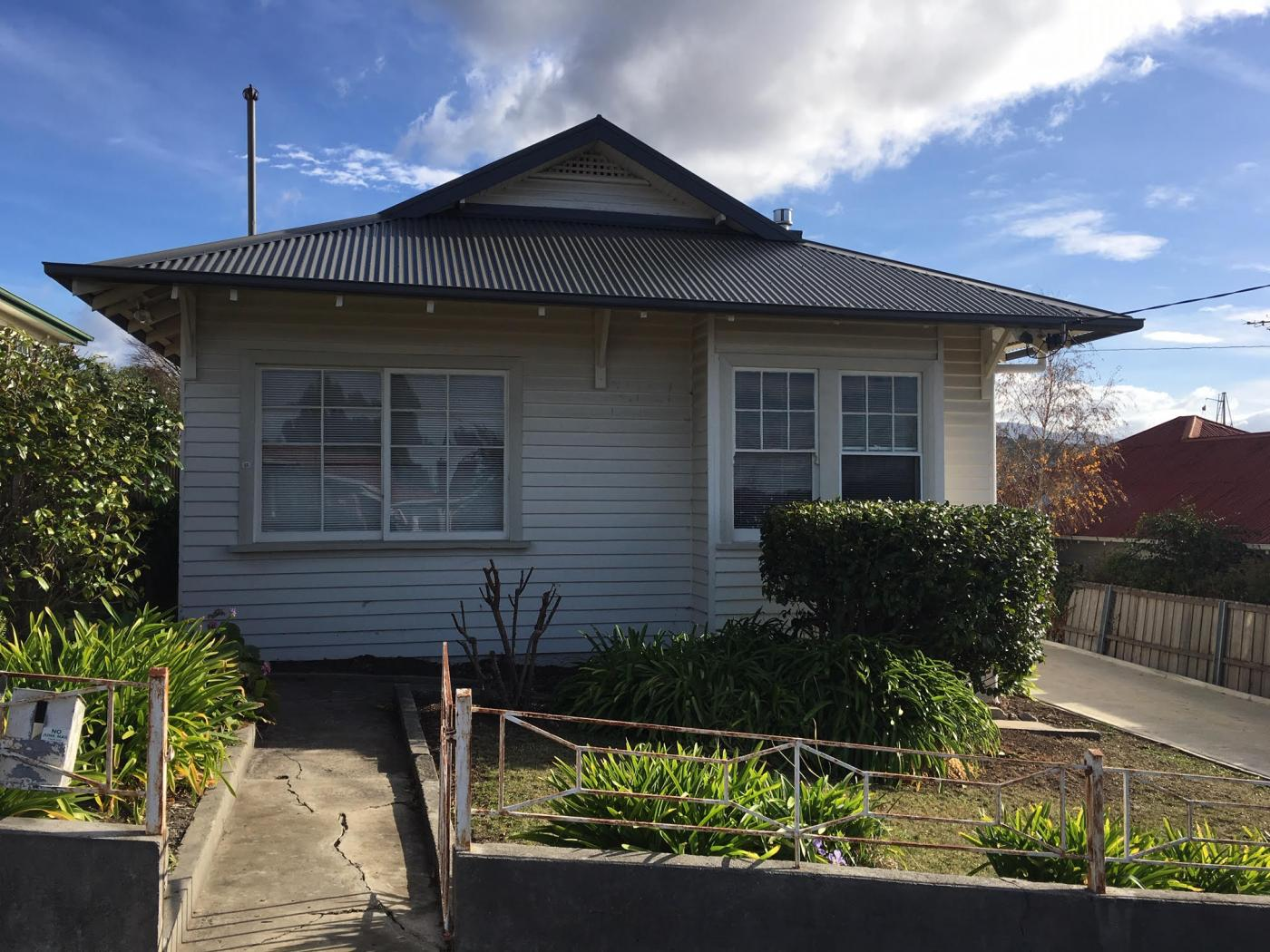 25-haig-street-lenah-valley-tas-7008-real-estate-photo-1-xlarge-12623235