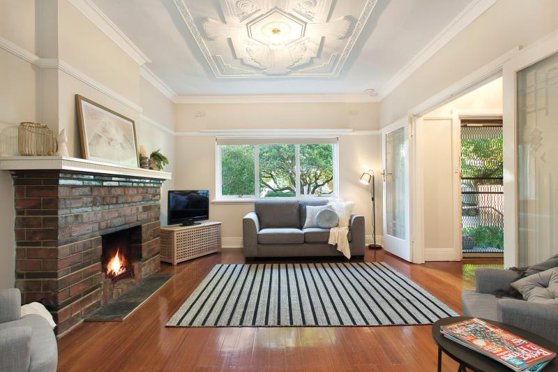 40a-sycamore-street-malvern-east-vic-3145-real-estate-photo-2-large-11466679