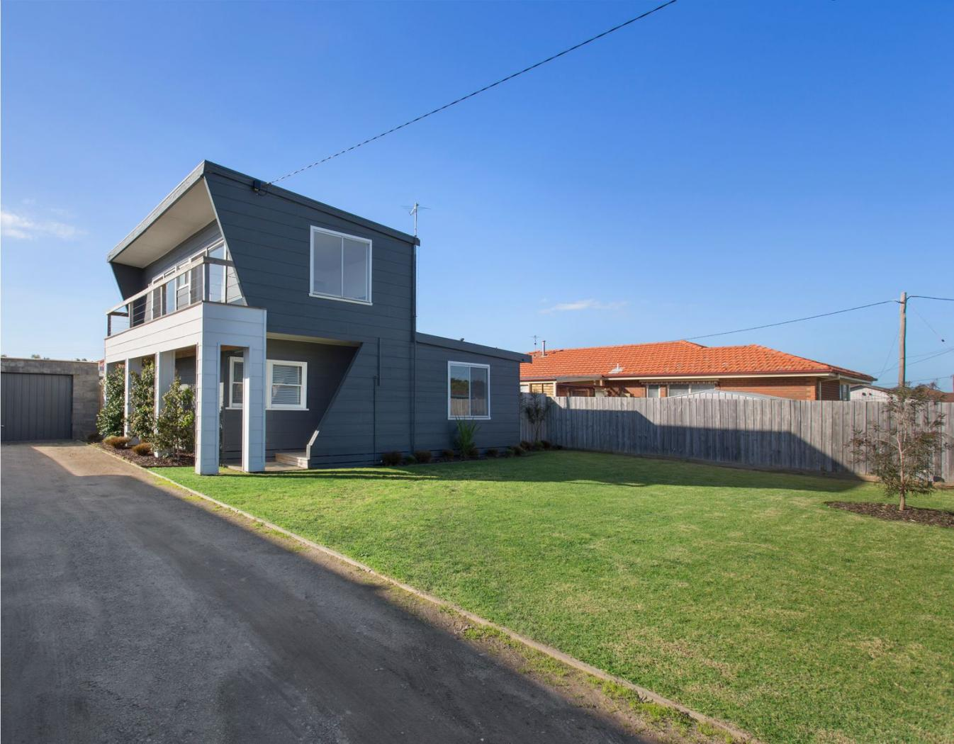 47-nepean-highway-safety-beach-vic-3936-real-estate-photo-2-xlarge-12322967
