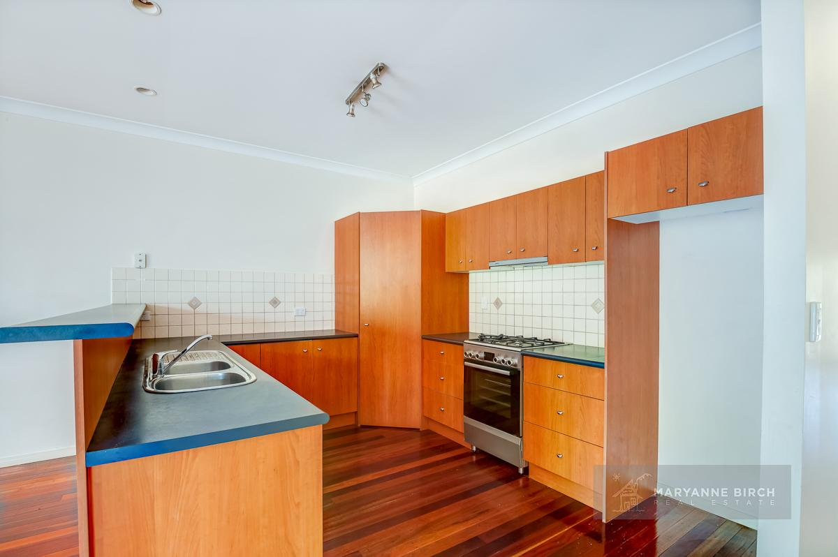 5-elliot-street-norman-park-qld-4170-real-estate-photo-9-xlarge-12552775