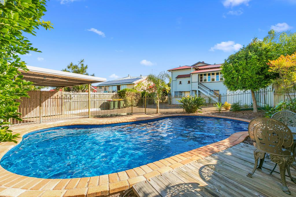 6-stephens-street-annerley-qld-4103-real-estate-photo-2-xlarge-12620182