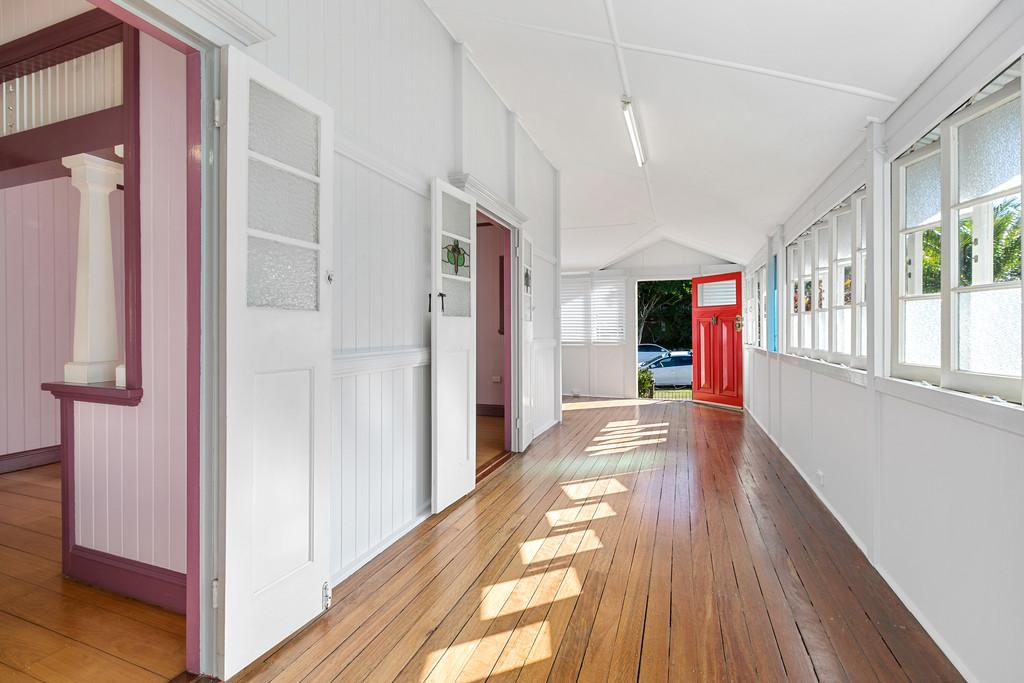 6-stephens-street-annerley-qld-4103-real-estate-photo-5-xlarge-12620182