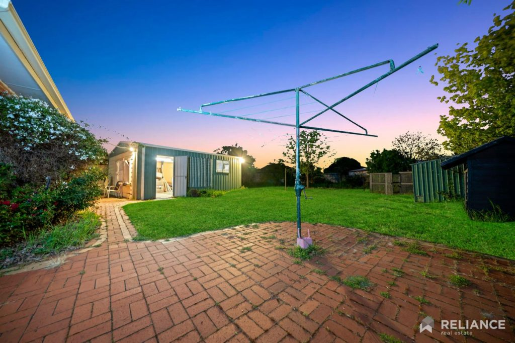 61-wildflower-crescent-hoppers-crossing-vic-3029-real-estate-photo-18-xlarge-12853675