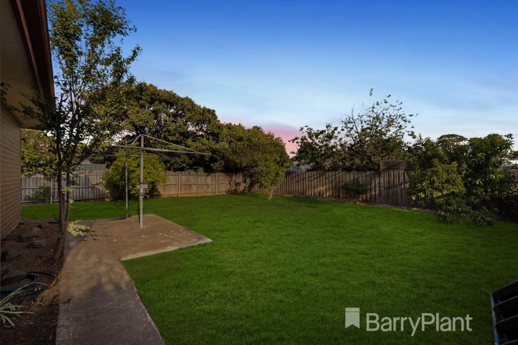 7-rubicon-place-werribee-vic-3030-real-estate-photo-10-xlarge-13002479