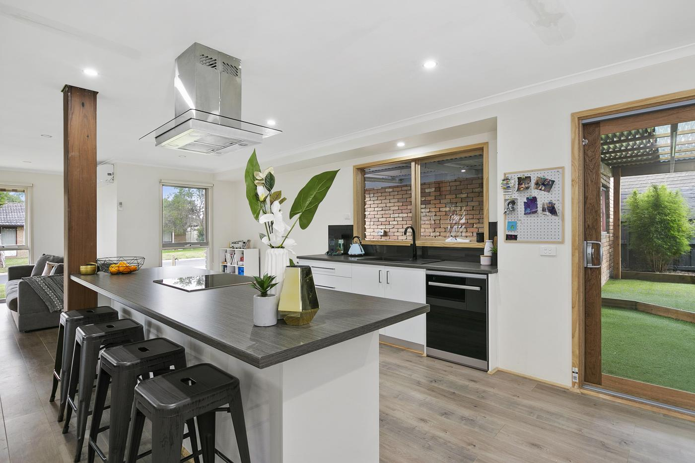 7-taven-street-hastings-vic-3915-real-estate-photo-1-xlarge-11858813