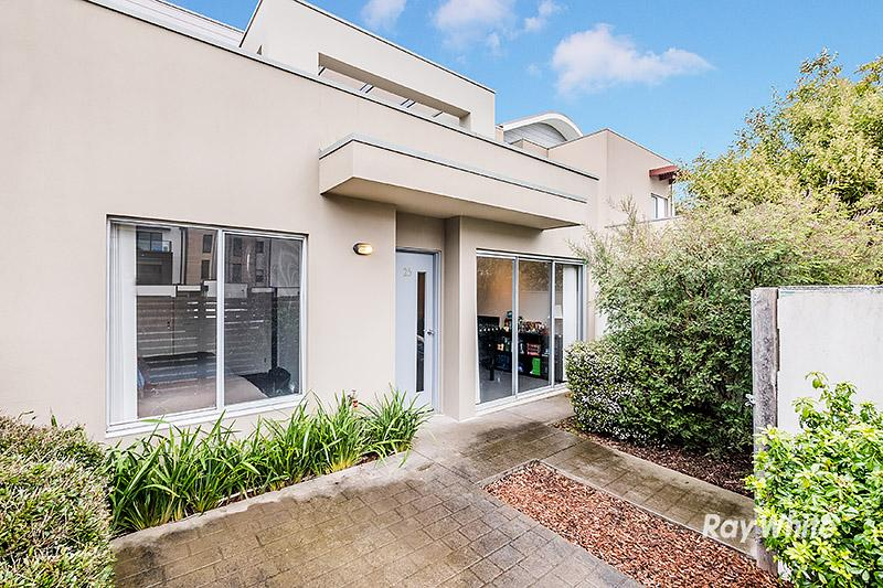 Home in Carrum Downs, Melbourne
