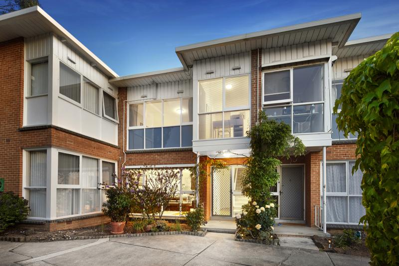 10/22 Brenbeal Street in Balwyn is a spacious entry point for investors