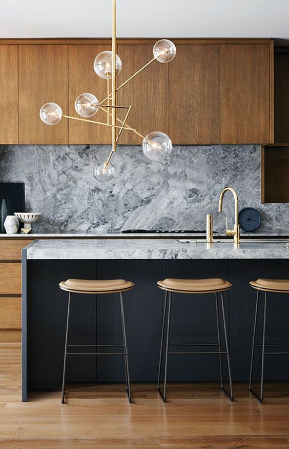 Marble remains a strong 2017 home decor trend.