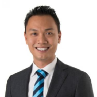 Johnny Lin Managing Director real estate agent