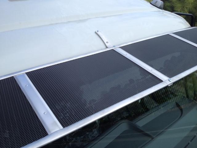 Mesh Windscreen Sunvisor Mitsubishi Fuso Canter 2006on