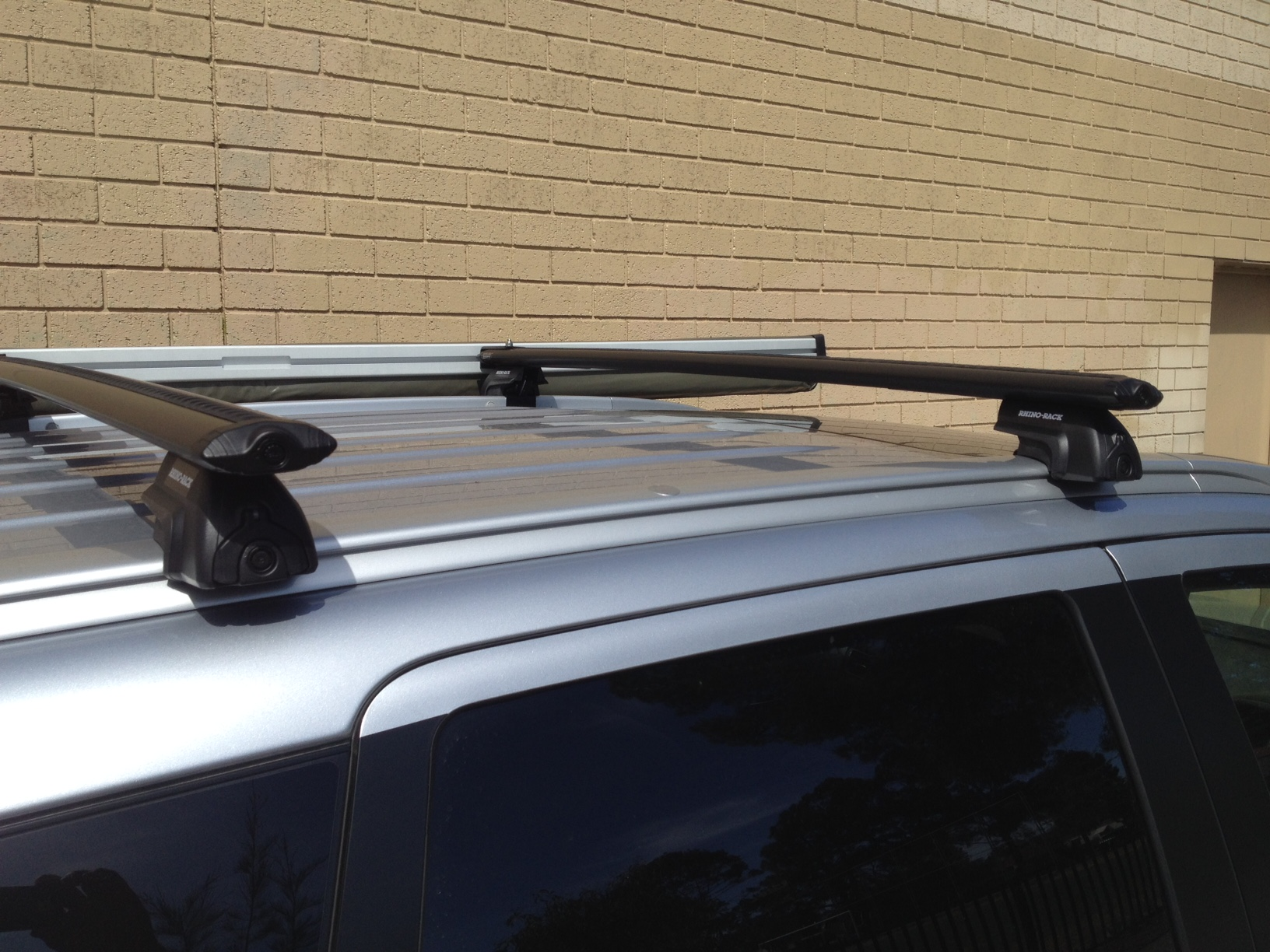 Mitsubishi Outlander 4dr Wagon With Flush Rails Zj 11 12on