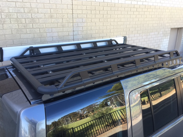 Thule Roof Racks >> Land Rover Discovery 3 & 4 4dr 4WD 04/05on Rhino-Rack ...
